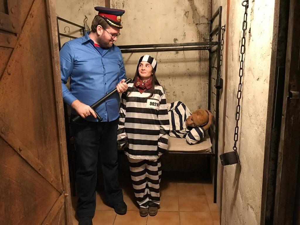 escape room adventure inchisoare