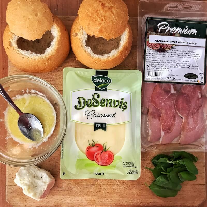 bread bowl ou in paine ingrediente reteta mic dejun