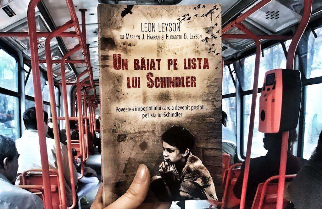cartea din autobuz un baiat pe lsita lui schindler leon leyson cracovia polonia evrei holocaust hitler germania recenzie daniela bojinca blog