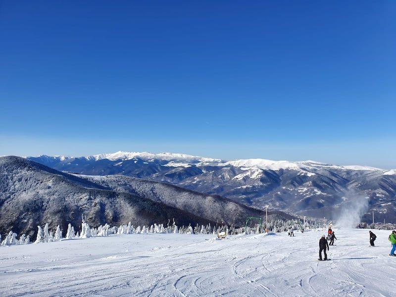 ski straja partia constantinescu complex montana 5
